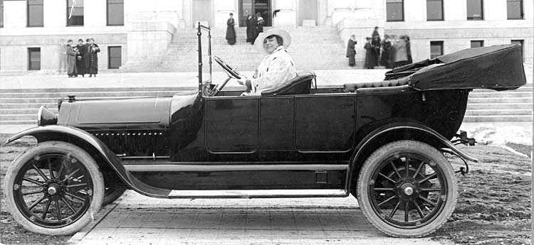 fancy car 1920's